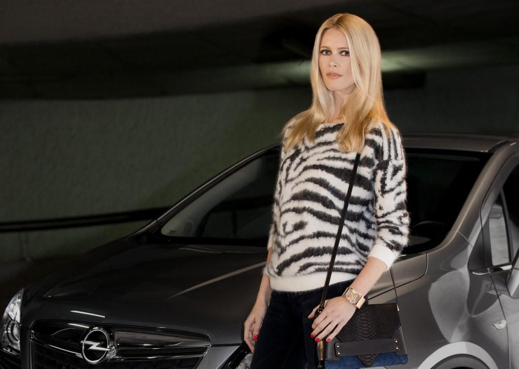 Claudia-Schiffer-becomes-Opel-brand-ambassador-1024x729[1]